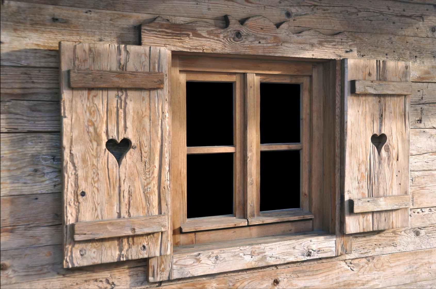 Tavoli sedie arredamenti porte finestre in legno antico vecchio recuperato - Shutter fenster ...