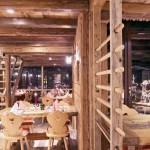 Ristorante legno antico abete