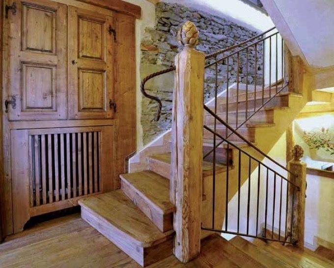 Scaletta In Legno Antica : Scaletta in legno antica scala in legno con ringhiera scala