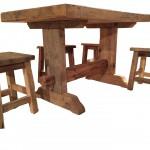 Tavolo e sgabelli in ABETE ANTICO