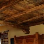 Soffitto legno antico