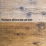 Finiture su Pavimenti in abete antico in prima patina
