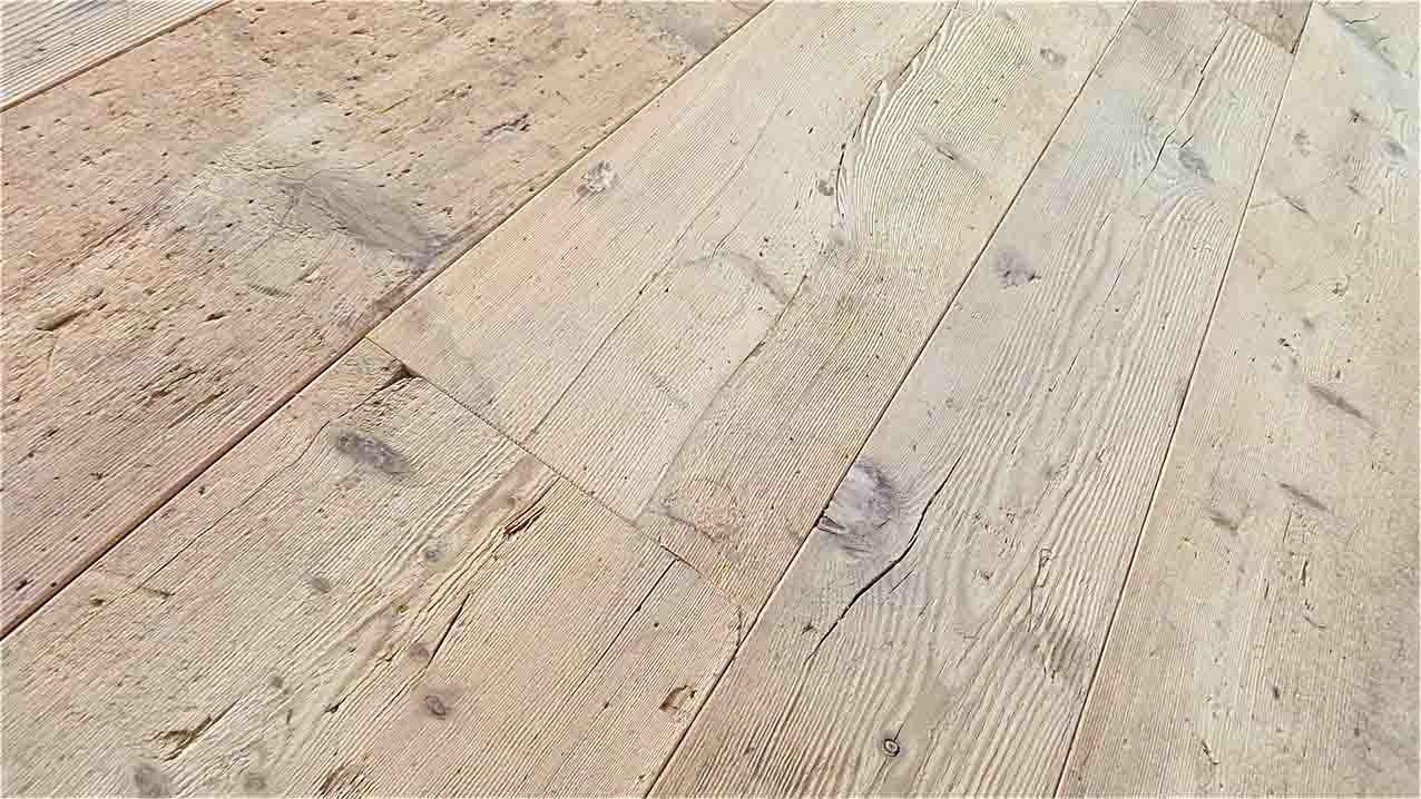 Pavimenti in larice antico vecchio di recupero in prima patina for Sito web di progettazione di pavimenti