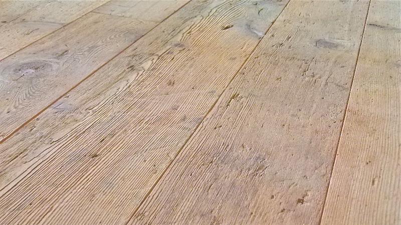 Pavimenti Rustici In Legno : Pavimenti in larice antico vecchio di recupero in prima patina